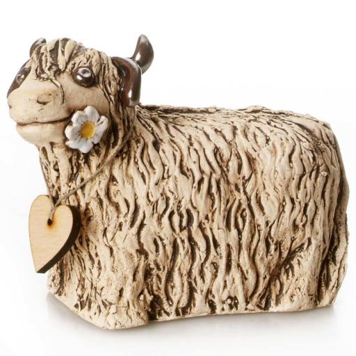 Ceramic Highland Cow with Daisy | Natural