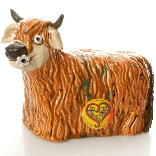 Ceramic Highland Cow with Daisy | Ginger