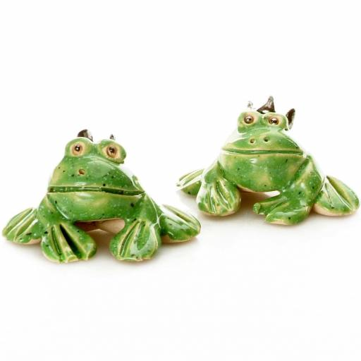 Ceramic Cute Mini Frog Figurine | Gift Boxed | Supplied At Random
