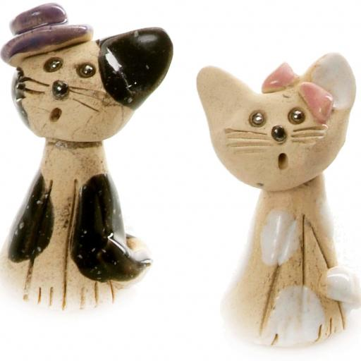 Pair of Small Mr & Mrs Loving Cats | Gift Boxed with a Commemoration Card | Randomly Selected