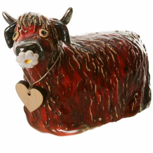 Ceramic Highland Cow with Daisy | Red